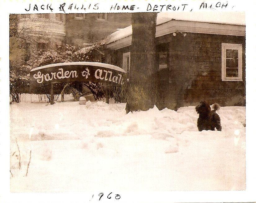 original-garden-of-allah-sign-detroit-snow