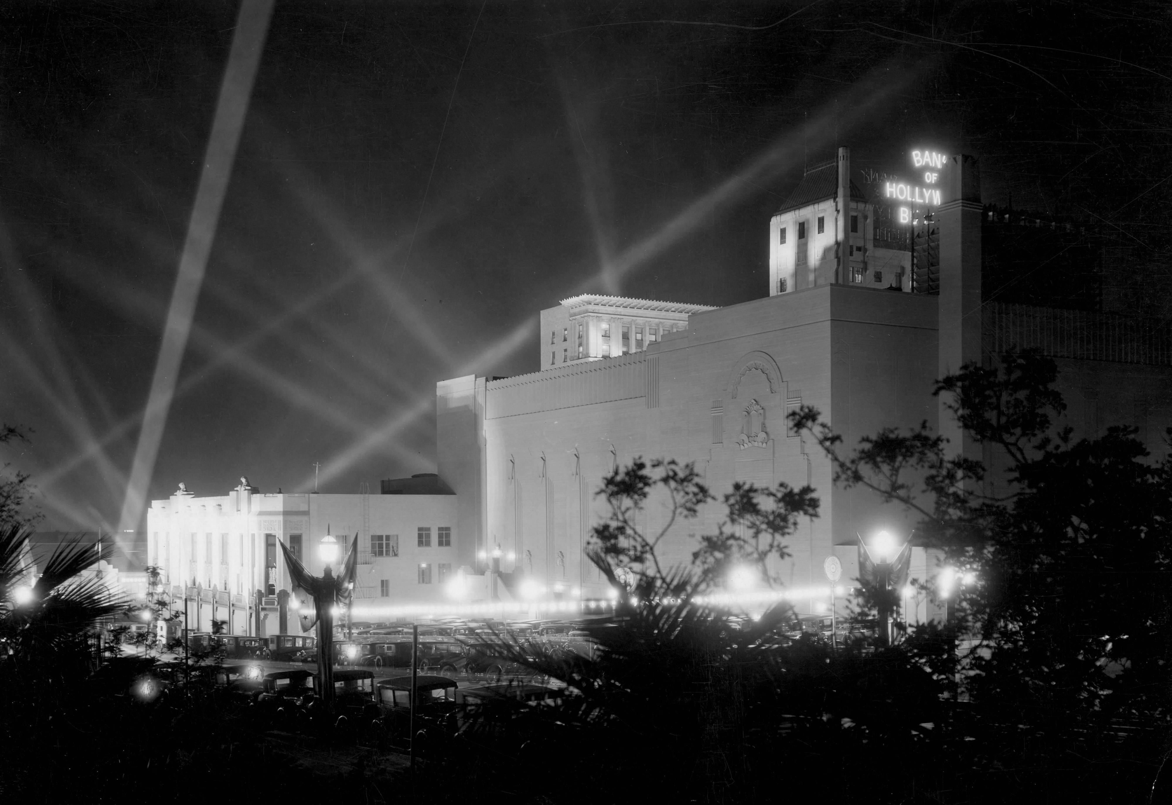 Rear view of the Pantages Theatre on Hollywood Boulevard during a movie premiere circa 1930
